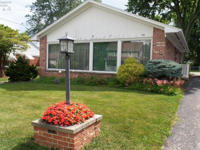 128 Walter Street, Bellevue, OH 44811 (MLS #20183725) :: Brenner Property Group | KW Capital Partners