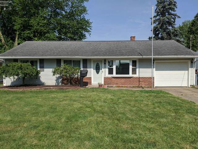 2810 Peterson Lane, Sandusky, OH 44870 (MLS #20202576) :: The Holden Agency