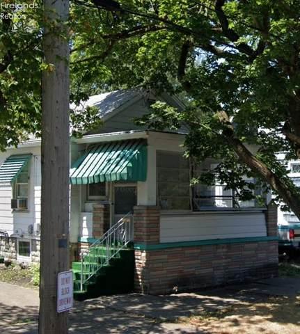 613 Meigs St, Sandusky, OH 44870 (MLS #20202846) :: The Holden Agency