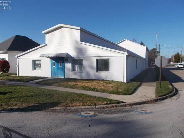 332 Cedar (State) Street, Port Clinton, OH 43452 (MLS #20204766) :: The Holden Agency