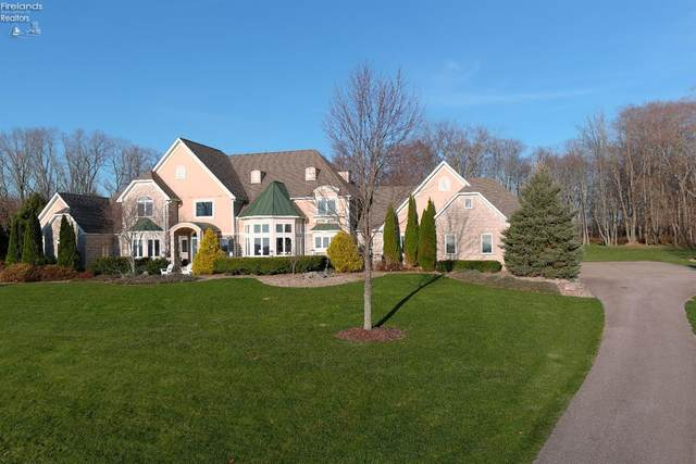 9427 Hubbard Valley, Other, OH 44273 (MLS #20205028) :: The Holden Agency