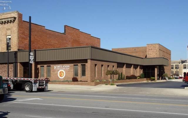 221 E Main Street, Bellevue, OH 44811 (MLS #20210379) :: The Holden Agency