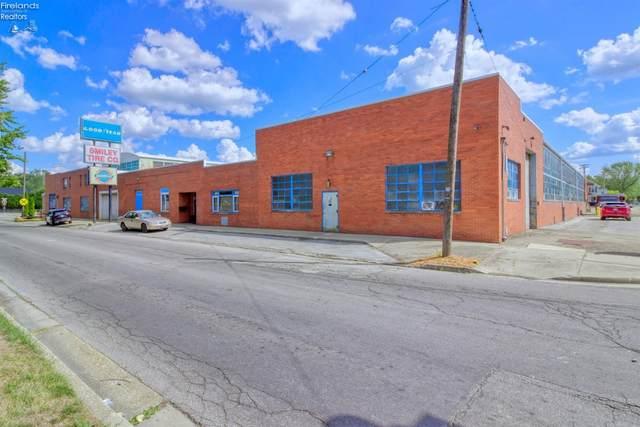 1615 Croghan Street, Fremont, OH 43420 (MLS #20210599) :: The Holden Agency