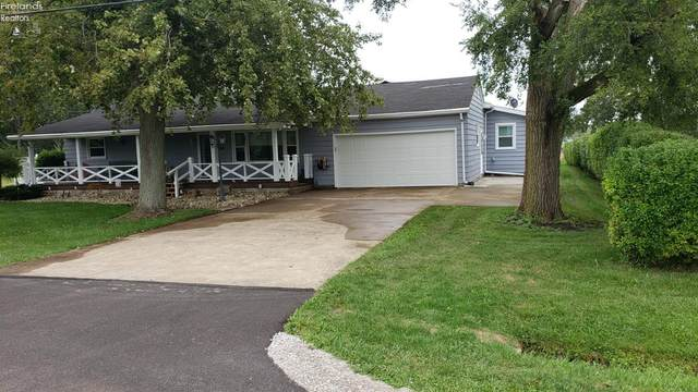 935 S Limestahl Road, Port Clinton, OH 43452 (MLS #20205061) :: The Holden Agency