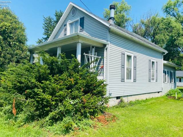 1009 E 3rd Street, Port Clinton, OH 43452 (MLS #20212852) :: Simply Better Realty