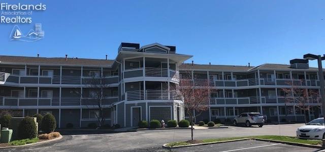 150 Marina Point Drive #150, Sandusky, OH 44870 (MLS #20191581) :: Brenner Property Group   Keller Williams Capital Partners