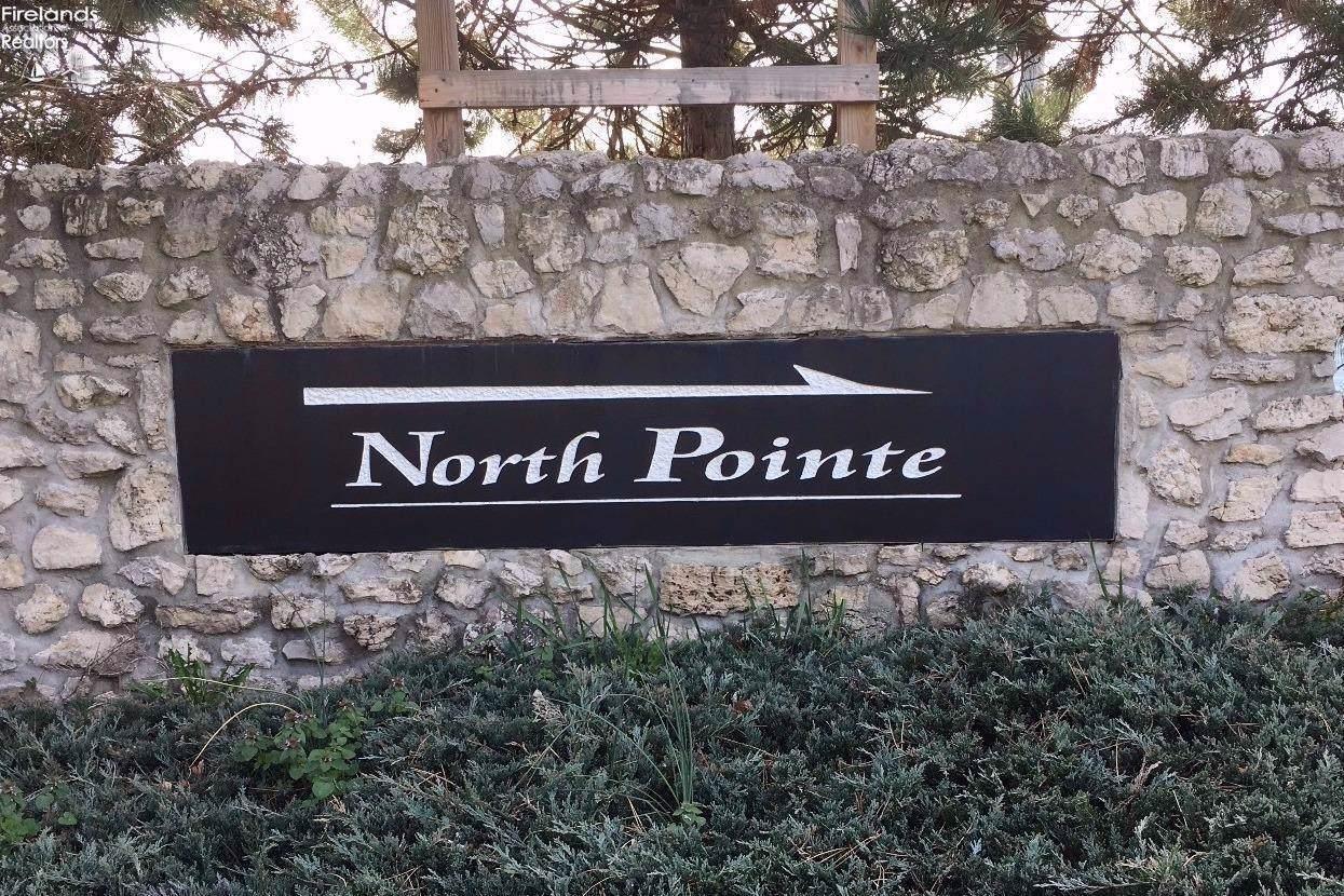 21 Bay Pointe Circle - Photo 1