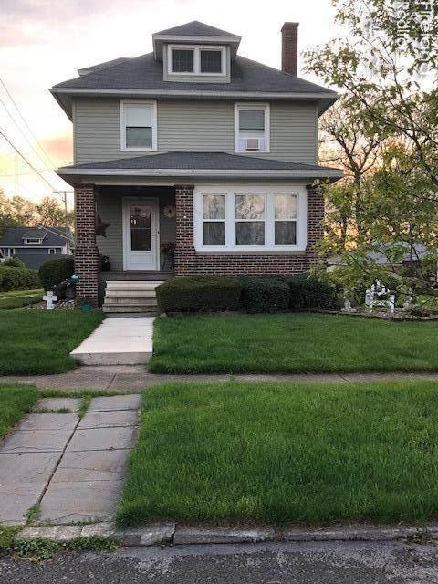 520 Maplewood Street, Willard, OH 44890 (MLS #20201984) :: The Holden Agency