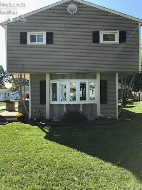 5294 E Porter Street, Port Clinton, OH 43452 (MLS #20204564) :: The Holden Agency