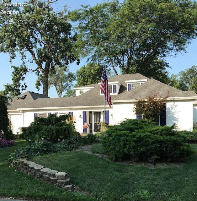 1707 Willow, Sandusky, OH 44870 (MLS #20213131) :: Simply Better Realty