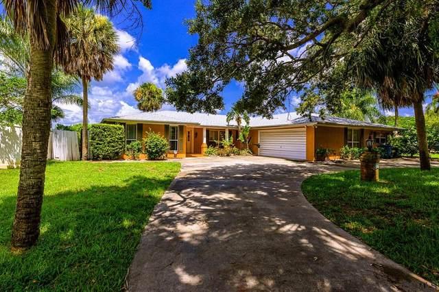 1836 John Anderson Dr, Ormond Beach, FL 32176 (MLS #258430) :: Memory Hopkins Real Estate
