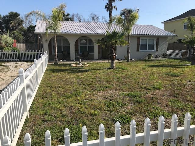 37 S Rollins Drive, Palm Coast, FL 32137 (MLS #239759) :: Memory Hopkins Real Estate