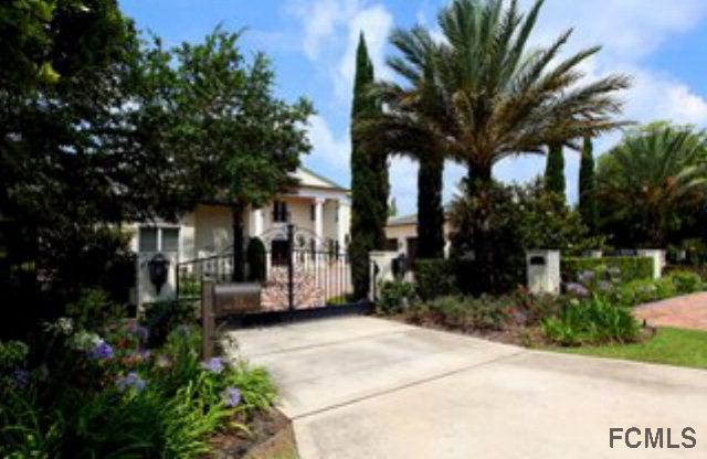 714 John Anderson Dr, Ormond Beach, FL 32176 (MLS #240681) :: Memory Hopkins Real Estate