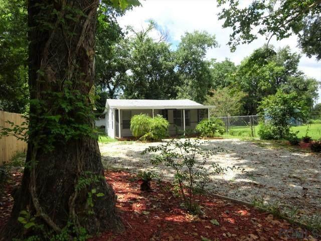 115 E Hicks Rd, Palatka, FL 32177 (MLS #269645) :: Noah Bailey Group