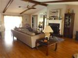705 39th Terrace - Photo 8