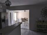 207 Oaklawn Court - Photo 9