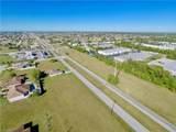 903 Kismet Parkway - Photo 2