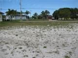 3404 Yucatan Parkway - Photo 3