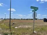 22 Diplomat Parkway - Photo 4