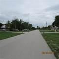 2127 1st Terrace - Photo 4