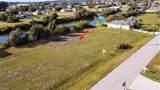2804 1st Terrace - Photo 2