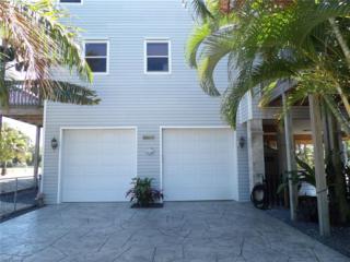 5711 Linden Ln, Bokeelia, FL 33922 (MLS #217021207) :: The New Home Spot, Inc.