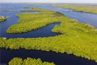 5 Beautiful Island,