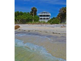 150 White Pelican Dr, Captiva, FL 33924 (MLS #216033473) :: The New Home Spot, Inc.