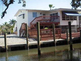 260 Dundee Rd, Fort Myers Beach, FL 33931 (MLS #216071622) :: The New Home Spot, Inc.