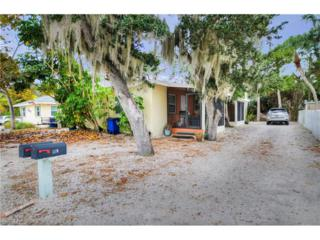 140 Madison Ct, Fort Myers Beach, FL 33931 (MLS #216074740) :: The New Home Spot, Inc.