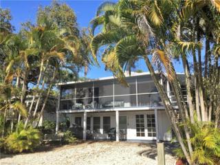 5765 Lauder St, Fort Myers Beach, FL 33931 (MLS #217007406) :: The New Home Spot, Inc.