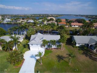 17611 Boat Club Dr, Fort Myers, FL 33908 (MLS #217011300) :: The New Home Spot, Inc.