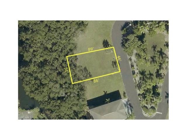 7753 Victoria Cove Ct, Fort Myers, FL 33908 (#216050441) :: Homes and Land Brokers, Inc