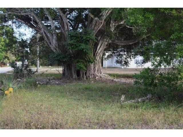 304 Nogales St, Fort Myers, FL 33916 (MLS #217003415) :: The New Home Spot, Inc.