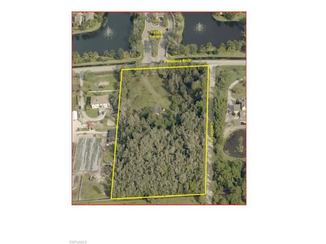 8550 Penzance Blvd, Fort Myers, FL 33912 (#217016948) :: Homes and Land Brokers, Inc