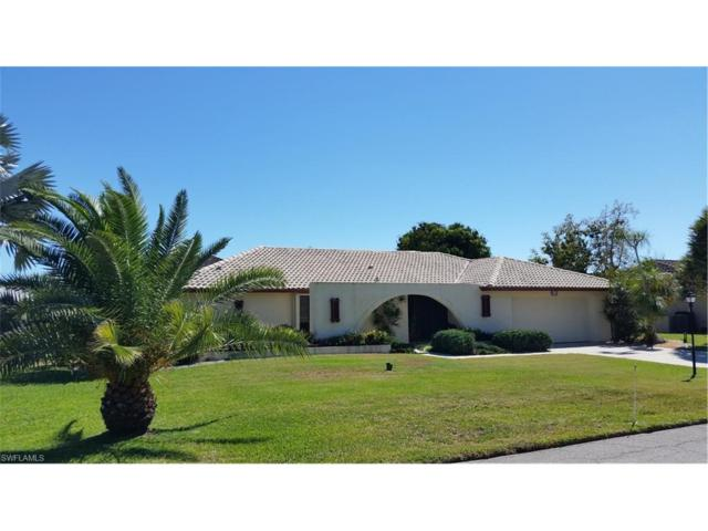 1034 N Waterway Dr, Fort Myers, FL 33919 (MLS #217025966) :: The New Home Spot, Inc.