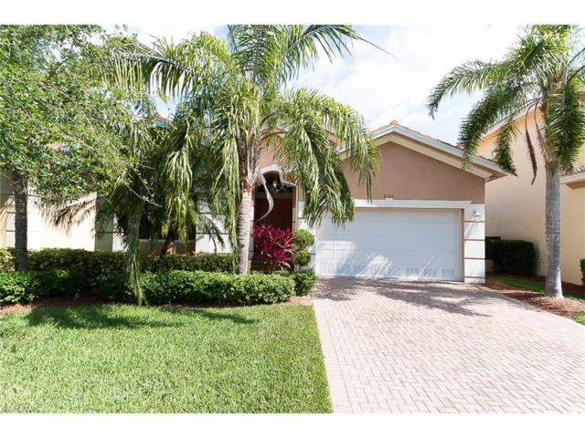 8326 Sumner Ave, Fort Myers, FL 33908 (MLS #217027964) :: The New Home Spot, Inc.