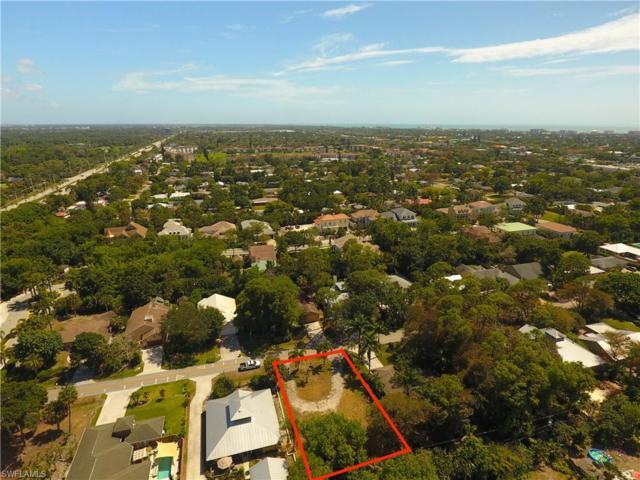 1351 Cypress Woods Dr, Naples, FL 34103 (MLS #217029927) :: The New Home Spot, Inc.