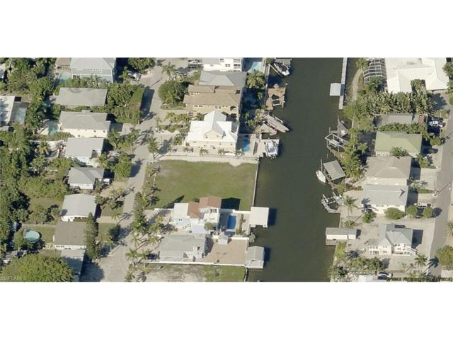 433 Palermo Cir, Fort Myers Beach, FL 33931 (MLS #217030200) :: The New Home Spot, Inc.