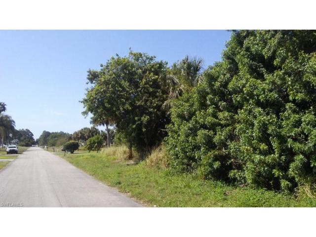 415 Robert Ave, Lehigh Acres, FL 33936 (#217032810) :: Homes and Land Brokers, Inc