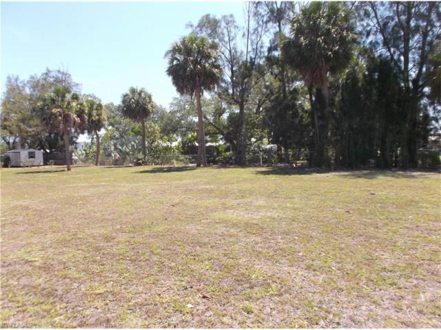 3290 & 3310 Riverview Dr SW, Moore Haven, FL 33471 (MLS #217033258) :: The New Home Spot, Inc.