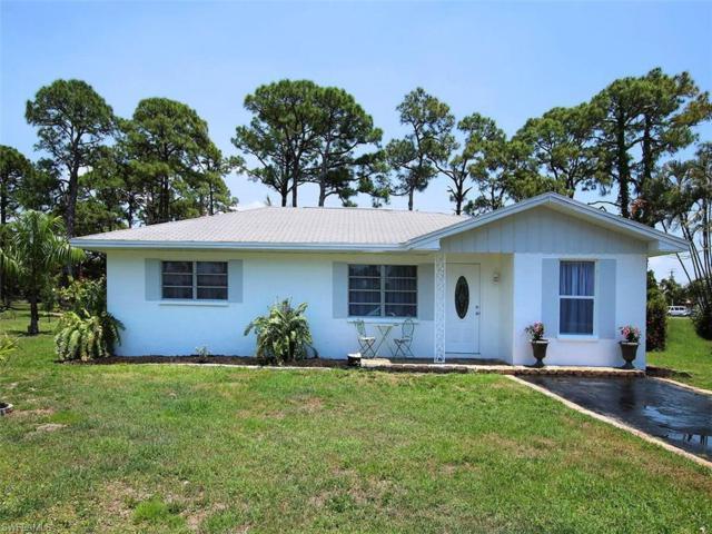 7194 Vassar Dr, Fort Myers, FL 33908 (MLS #217033440) :: The New Home Spot, Inc.