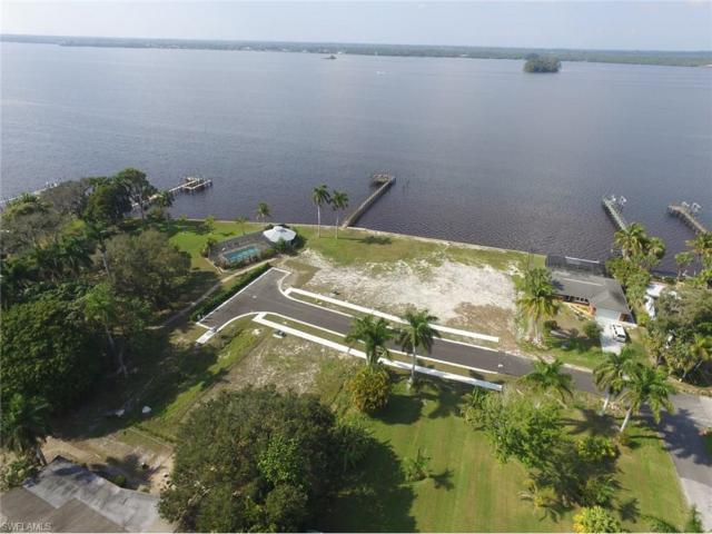 4 Live Oak Ln, Fort Myers, FL 33905 (MLS #217033719) :: The New Home Spot, Inc.