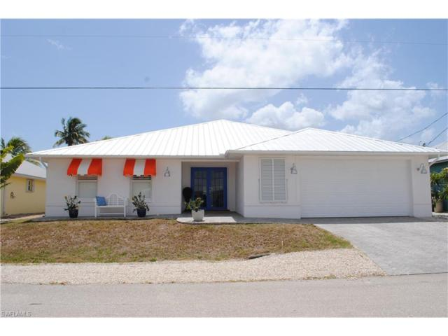12207 Moon Shell Dr, Matlacha, FL 33991 (MLS #217035086) :: The New Home Spot, Inc.