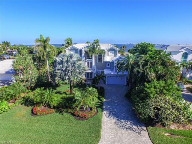 1206 Bay Dr, Sanibel, FL 33957 (MLS #217035350) :: The New Home Spot, Inc.