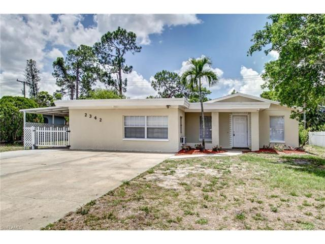 2342 Crystal Dr, Fort Myers, FL 33907 (MLS #217037166) :: The New Home Spot, Inc.