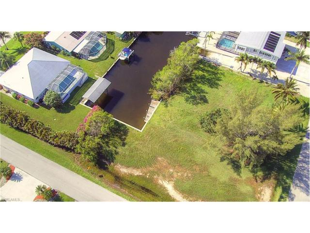 2780 Mangrove St, St. James City, FL 33956 (#217039496) :: Homes and Land Brokers, Inc