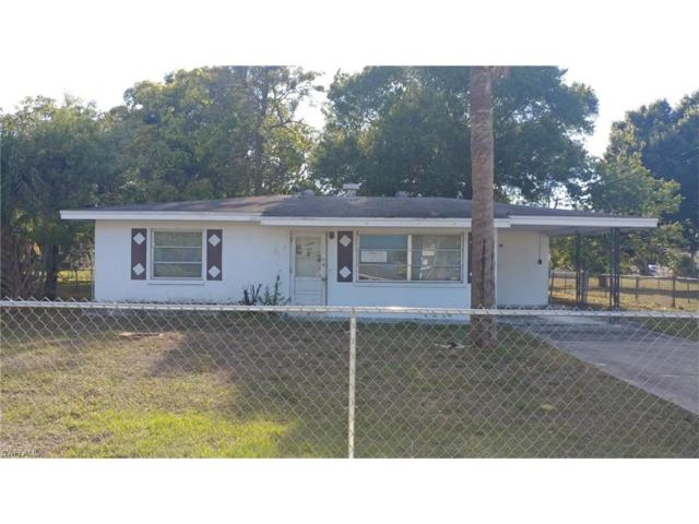 1566 Lockwood Dr, Fort Myers, FL 33916 (MLS #217039534) :: The New Home Spot, Inc.