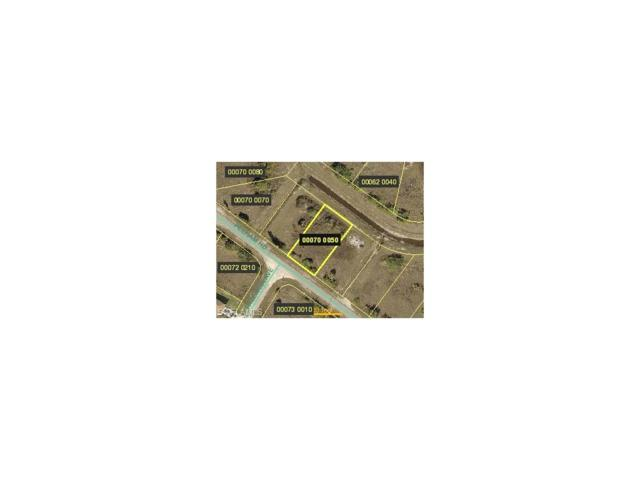 415 Pelham Rd, Lehigh Acres, FL 33974 (#217040001) :: Homes and Land Brokers, Inc