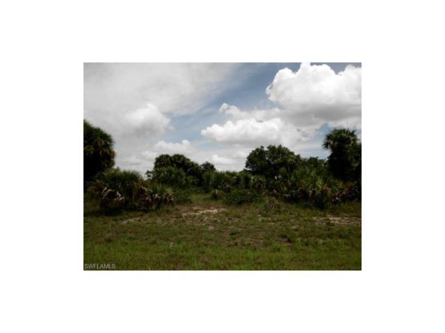 Calumet Cir, Labelle, FL 33935 (MLS #217041195) :: The New Home Spot, Inc.